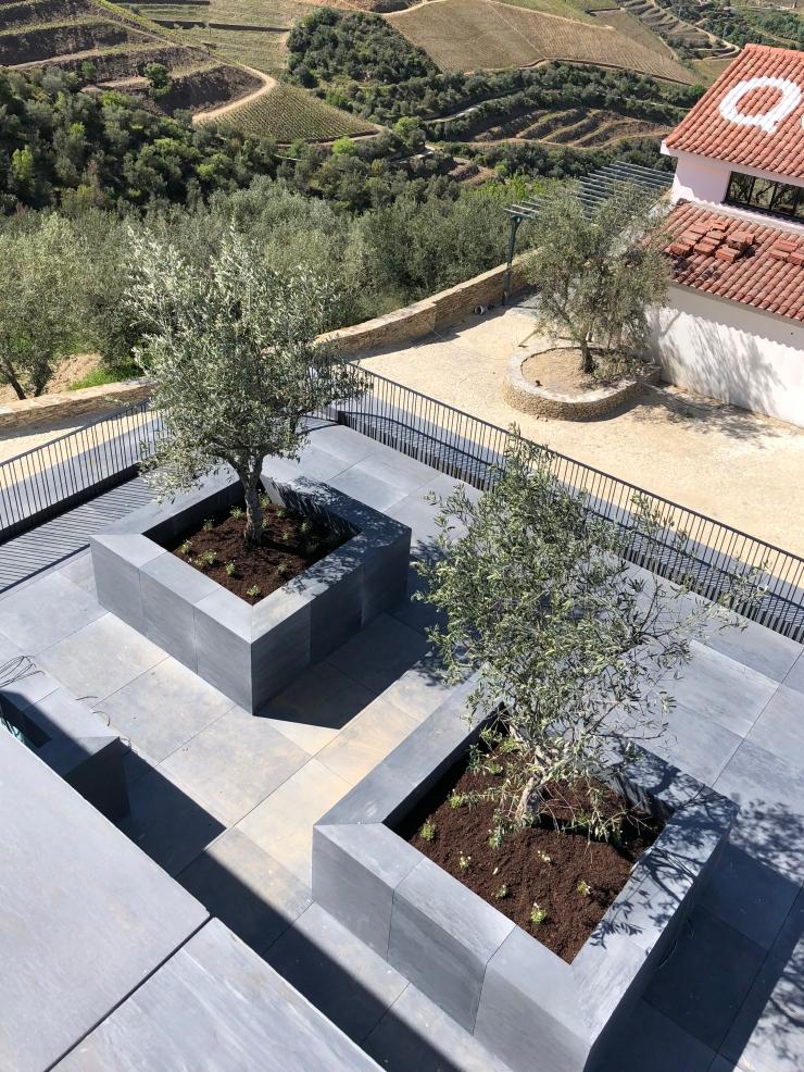 Architecte paysagiste Lyon Annecy Genève - Atlas Paysages - concepteur de jardins - jardin Quinta da corte 002
